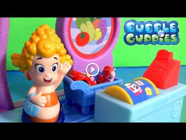 Bubble Guppies Bubbletucky Market Playset with Cash Register