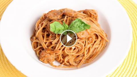 One Pot Single Step Spaghetti Recipe - Laura Vitale - Laura in the Kitchen Episode